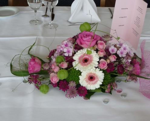 Tischdekoration - Gesteck in rosa