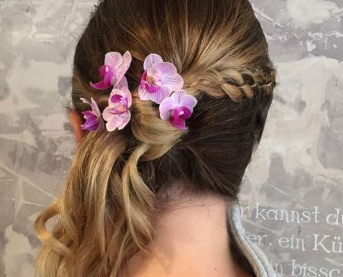 Hochzeit - Haarschmuck aus Orchideen