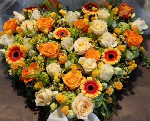 Trauerschmuck - Herz orange gelb