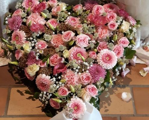 Trauerschmuck - Herz rose