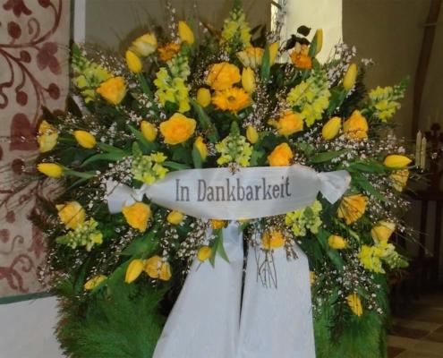 Trauerschmuck - Kranz gelb